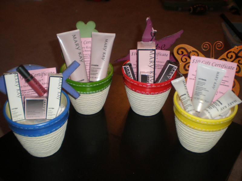 Mary Kay Gift Certificate Template Awesome Some Of My Gift Baskets Ideas Mary Kay Mary Kay Cosmetics